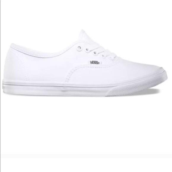 white vans shoes women